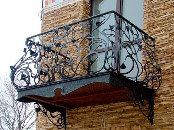 """Кованые балконы в набережных Челнах - мастерская ковки """"була."""